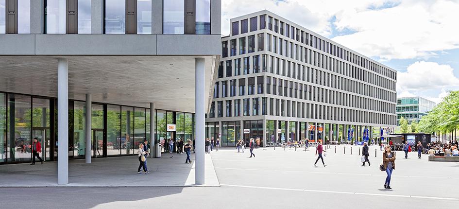 Die Stiftung FHNW fördert innovative Projekte der FHNW. Das Bild zeigt den Campus Burgg-Windisch der Hochschule. Bild: WEISSWERT C. Morine & M. Idermaur